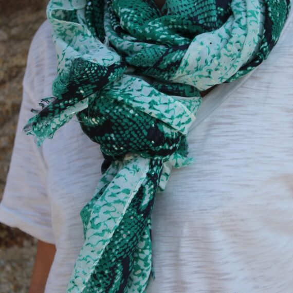 25a-byliliaccessoires-foulard-foulards-fougeres-mode-accessoires-2021-collection
